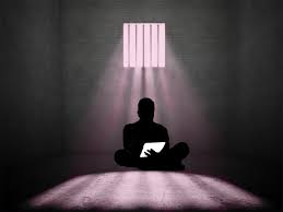 Prisoner-in-light-with-letter